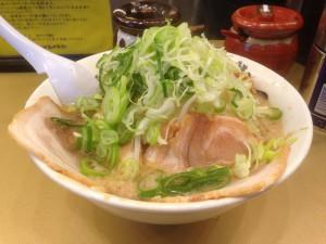 しょうゆラーメン(750円)