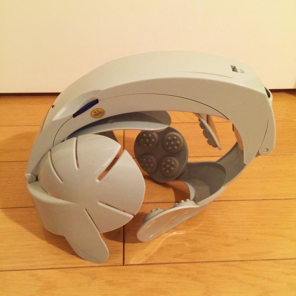 秋葉原のぶるぶるヘルメット横