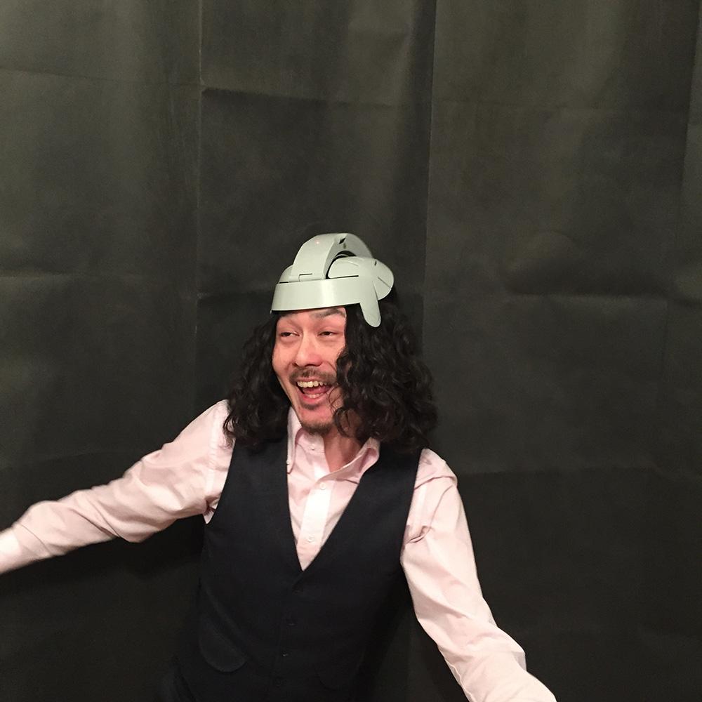 秋葉原のぶるぶるヘルメットwithしょうた06